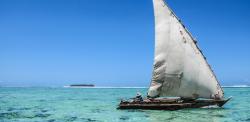 kikoy_tours_zanzibar_barco