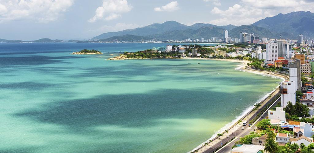 Vietnam Impresionante con Playa